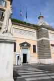 Iglesia de Santa Maria del Popolo en Roma, Italia Imágenes de archivo libres de regalías