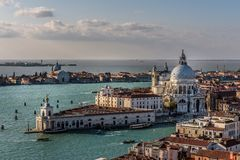 Santa Maria della Salute Church in Venedig Italien stockbild