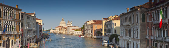 Santa Maria Della Salute, Grand Canal, Venedig Stockfotografie