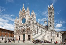 Santa Maria della Scala Cathedral in Siena stock fotografie