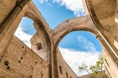 Santa Maria delloSpasimo lokaliseras den oavslutade kyrkan, i det Kalsa området, en av de äldsta delarna av Palermo, Italien Royaltyfria Foton