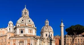 Santa Maria di Loreto, Santissimo Nome di Maria und Colonna Traiana Lizenzfreie Stockfotos