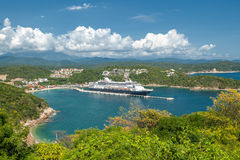SANTA MARIA HUATULCO, OAXACA, MEXICO: Cruise liner in Mexico Stock Photo