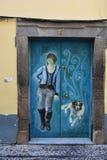 Santa Maria-Straße, gemalte Tür in der alten Stadt von Funchal, MA Lizenzfreie Stockfotos