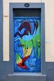 Santa Maria-Straße, gemalte Tür in der alten Stadt von Funchal, wütend Stockfotografie