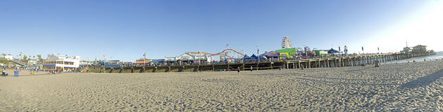 Santa Monica Beach-Pier Lizenzfreie Stockfotografie