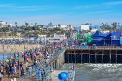 Santa Monica Pier και ρόδα Ferris στοκ φωτογραφία με δικαίωμα ελεύθερης χρήσης