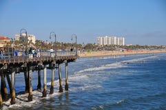 Santa Monica Pier που κοιτάζει προς την παραλία της Βενετίας σε Καλιφόρνια Στοκ φωτογραφίες με δικαίωμα ελεύθερης χρήσης