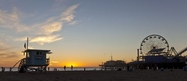 Santa Monica Pier al tramonto Fotografia Stock Libera da Diritti