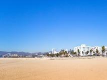 Santa Monica Pier, CA, y hoteles Imagen de archivo