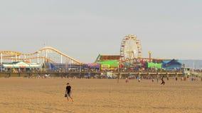 Santa Monica Pier famosa en Los Angeles - LOS ANGELES, los E.E.U.U. - 29 DE MARZO DE 2019 metrajes