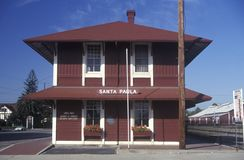 Santa Paula Historic Train Station i Santa Paula, Kalifornien arkivbilder