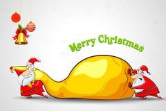 Santa poussant le sac complètement de cadeau de Noël Image libre de droits