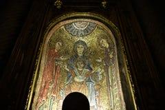 Santa Prassede a Roma Italia è una piccola chiesa che alloggia un segmento presunto della colonna sopra cui Gesù è stato frustato Immagini Stock Libere da Diritti