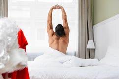 Santa que prepara-se para o Natal imagem de stock royalty free