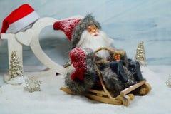 Santa su una slitta - la magia del Natale Fotografia Stock Libera da Diritti