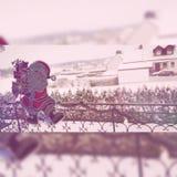 Santa sulle finestre! fotografia stock