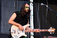 Alvaro Sanjuan, gitarist en bassist van Hola een Todo Gr Mundo (hatem) verbindt Royalty-vrije Stock Foto