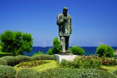 Santander, the statue of the poet Jose del Rio Sainz. Jose del Rio Sainz was a spanish navigator, journalist and a great poet of the sea. Santander, Cantabria stock photos