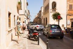 Santanyi,马略卡狭窄的街道  免版税库存照片