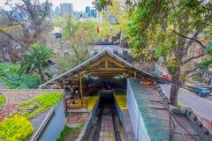 SANTIAGO, CHILE - 16. OKTOBER 2018: Tram zur Spitze des Hügels, San- Cristobalhügel, Santiago, Chile lizenzfreie stockfotografie