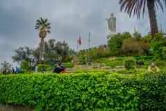SANTIAGO, CHILE - 13. SEPTEMBER 2018: Chile, Santiago, Statue von Jungfrau Maria auf die Oberseite Sans Cristobal Hill stockfotografie