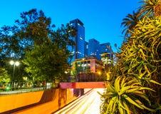 Santiago, Chili - Nachtmening van straten Stock Afbeelding