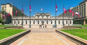 Santiago de Chile śródmieście, nowożytni drapacze chmur mieszał z historycznymi budynkami, Chile fotografia royalty free