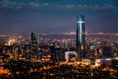 Santiago de Chile linia horyzontu zdjęcia stock