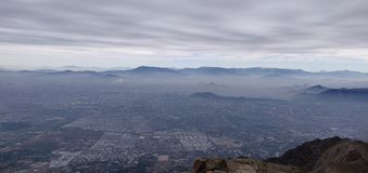 Santiago de Chile von oben genanntem lizenzfreies stockfoto