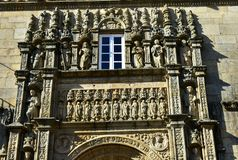 Santiago de Compostela, Spagna Campione Plateresque di stile nel quadrato di Obradoiro vicino alla cattedrale Facciata con le sta fotografia stock