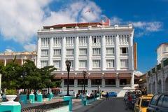 Santiago de Cuba的有历史的旅馆住处Granda 库存照片