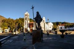 SANTIAGO DEL TEIDE KANARIEFÅGEL, SPANIEN fyrkanten av staden av Santiago del Teide, ön av Tenerife kanariefågelöar tenerife royaltyfria foton