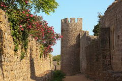 Santiago doet kasteel Cacem Stock Foto
