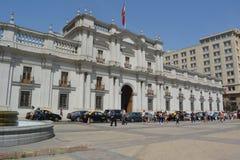 Santiago - opinião da rua no dia de verão imagens de stock
