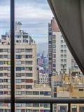 Santiago a través de una ventana Imagen de archivo libre de regalías