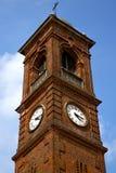 Santo a и день колокола башни церков солнечный Стоковое Изображение RF