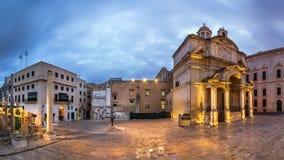 Santo Catherine de la iglesia de Italia y Jean Vallette Piazz del panorama Fotografía de archivo