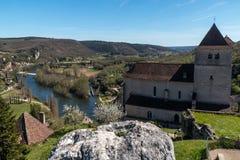 Santo Cirq Lapopie en el departamento de la porción, pueblo francés Fotos de archivo