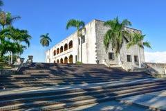 Santo Domingo Dominikanska republiken Alcazar de Kolon (Diego Columbus House), spanjor kvadrerar arkivbild