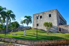 Santo Domingo, República Dominicana Estatua de Maria De Toledo en Alcazar de Colon (Diego Columbus House) imagen de archivo libre de regalías