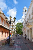 Santo Domingo, republika dominikańska Uliczny życie i widok Calle el Conde i Kolonialna Santo Domingo miasto strefa Zdjęcia Stock