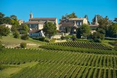 Santo-Emilion-viñedo paisaje-Francia Foto de archivo libre de regalías