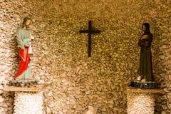 Santo - estatua de la religión católica Fotografía de archivo