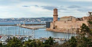 Santo Jean del puerto viejo y del fuerte en Marsella, Francia fotografía de archivo