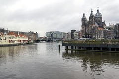Santo Nicholas Church (Sint Nicolaaskerk), Amsterdam, el inferior Imágenes de archivo libres de regalías