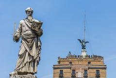 Santo Paul Statue en Roma foto de archivo