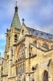 Santo Severin Church en el cuarto latino de París imagen de archivo