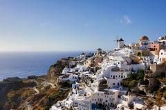 Santorini öväderkvarn Royaltyfri Foto