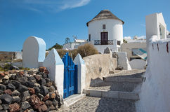 Santorini - ελάχιστα χαρακτηριστικά διάδρομος Oia Στοκ Εικόνες